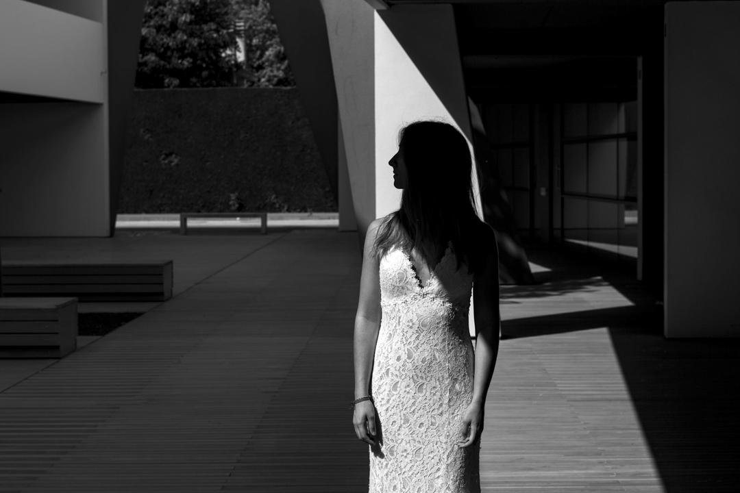 Promessa di matrimonio a Padova. Servizio SWP. Foto ragazza in interno di palazzo