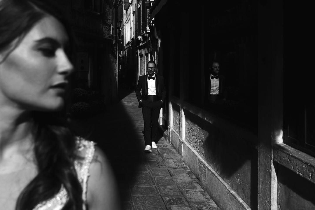 Sessione fotografia post-wedding a Venezia. Servizio per Elisa e Luca. Street Wedding Photography, fotografo di matrimonio Venezia Padova Treviso Veneto 20